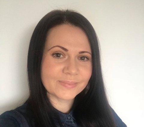 SPALTIST i DT: Alisa Daic fra Åssiden i Drammen er frilansjournalist fra Bosnia og Herzegovina, har bachelorgrad i media og kommunikasjon.  og er dessuten en samfunnsengasjert filantrop og frivillig for Røde Kors. Hun studerer for tiden veiledning og coaching for å kunne hjelpe andre til å lykkes.
