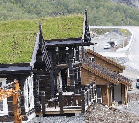 I Odda kommune har det blitt solgt mange hytter i Håradalen. I dette byggefeltet ble det i 2016 solgt en tømmerhytte for nesten fem millioner kroner