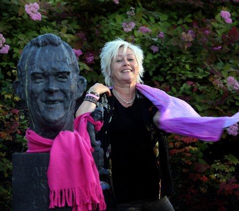 KONTROLL OVER EGET LIV: Arvelig brystkreft kan forebygges, og er noe Anne Lise Ryel i Kreftforeningen vil fokusere på.Foto: Yngve Olsen Sæbe