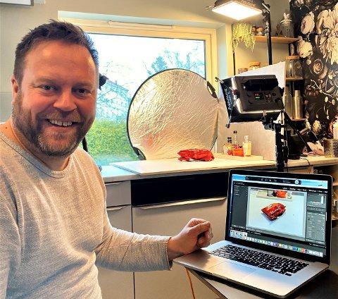 Jan Henrik Syversen driver matbloggen Gladkokken fra hjemmet på Lambertseter. I koronatider blir god mat og familie enda viktigere mener han.