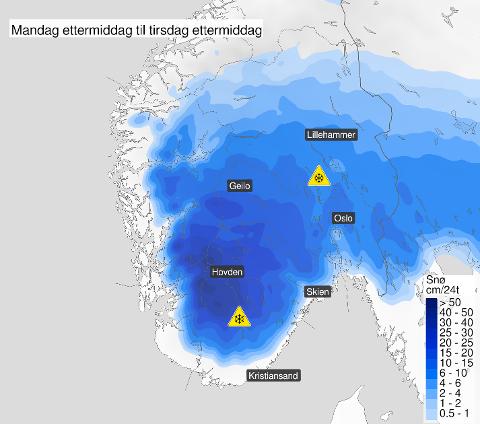 FØRSTE SNØFALL: Natt til tirsdag kommer sesongens første snøfall flere steder i Sør-Norge.
