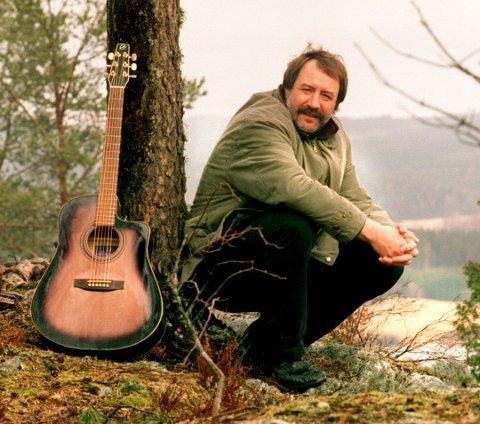 HEDRES: Stein Ove Berg vil bli hedret med et minnefond til støtte for musikktalenter.