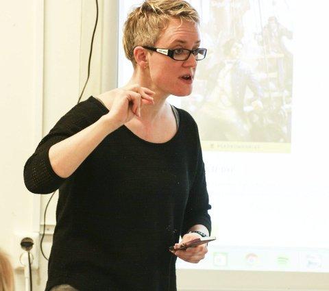 LÆREREN: Hanne Fjeld-Nylund hentet søsteren til Gressvik ungdomsskole.