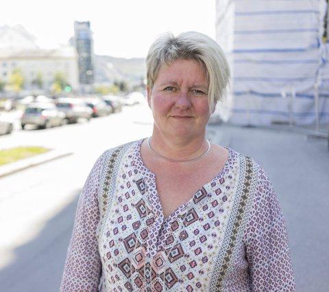 Bekymret over utviklingen: Fremover har den siste uka satt fokus på rus i Narvikregionen. Enhetsleder Mette Nygård er bekymret over økningen blant personer som mottar hjelp for sin rusavhengighet i kommunen. - Det viser bare at rusmidlene er svært tilgjengelige, sier hun til Fremover. Foto: Andreas Haakonsen