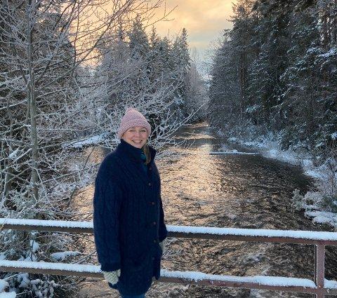 SNILL NATUR: – Finnskogen har snill natur og er svært turvennlig for barnefamilier, sier Airbnb-vert Ingrid Torgersrud ved Finnskogstua. 23% av befolkningen har Innlandet som sommerferiefavoritt, det viser Virke Reiselivs nye rapport «Reisepuls 2021».