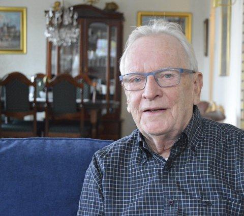 JUBILANT: Kjell Norman Mathisen hjemme i stua i Roseveien.
