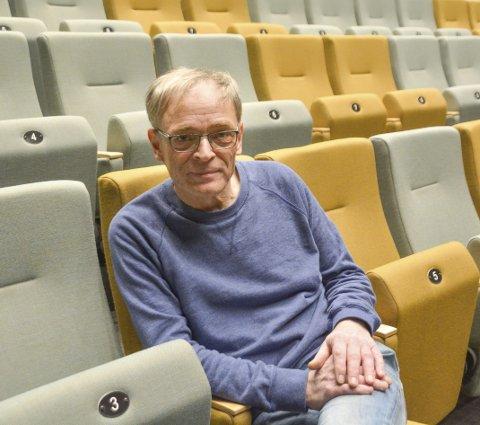 Kinosjef Paul-Einar Olsen slipper ikke flere enn 100 personer inn i storsalen på Meieriet.