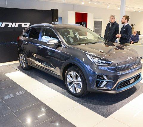 LAVMÆLT: Nye e-Niro var en svipptur innom Star bil på Rødmyr i går ettermiddag. 150 telemarkinger har reservert bilen til nå.