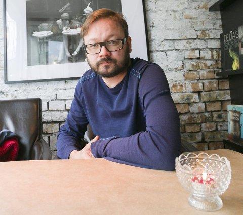 SUKSESS: Ingar Johnsrud har fått mange gode kritikker for boka Kalypso allerede. TB triller en femmer på terningen.