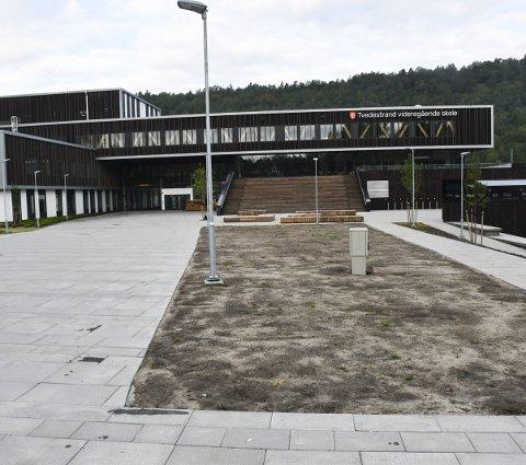 Tvedestrand videregående skole: Det har vært tyver på ferde ved den nye skolen i Tvedestrand.