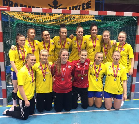 Fyllingen-jentene kunne juble for 2.-plass i Lerøyserien etter tre seire av tre mulige i avslutningshelgen.