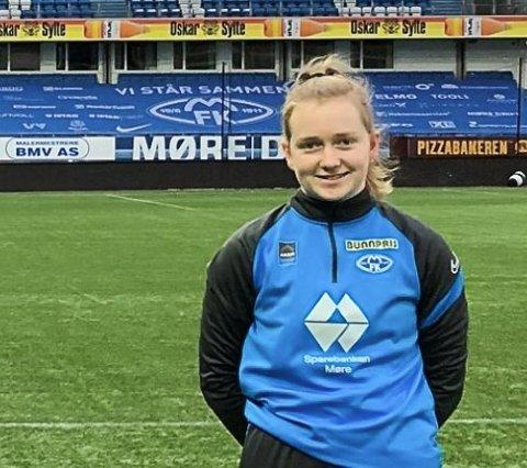 NYE UTFORDRINGAR: Andrine Olsen Endestad på Aker stadion I Molde.