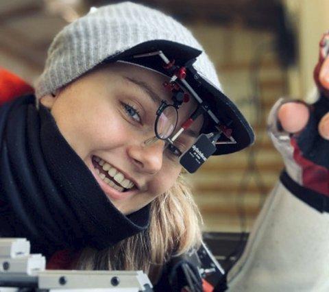 Alt er klarere: Endelig ser verdensrekordholder Jenny Stene blinken like klart som hun strengt tatt alltid burde ha gjort. FOTO: PRIVAT