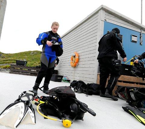 Ane Byrkjeland (13) klar for et dykk.