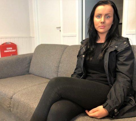 SLITEN: Viktoria Egorova forteller at hun er slitten etter at en mann har plaget henne og familien i to uker nå.