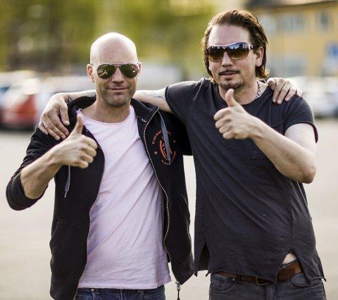 Feirer Fetsund: Kai Shakesby og Morgan Klingvall håper mange kommer å feire Fetsund den 26. mai.Foto: Mike hillingseter