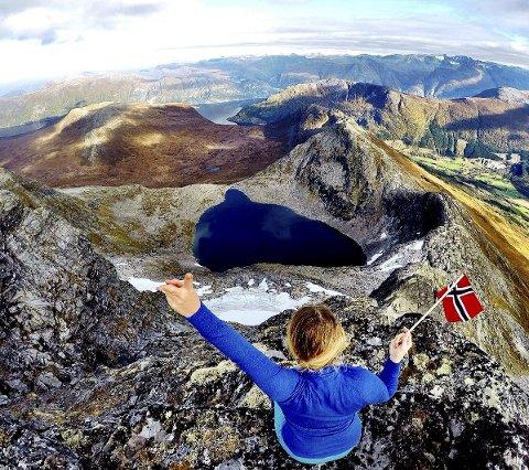 Kom deg ut dagen: Den Norske Turistforening kan feire 150 år, og hva kan væe bedre enn å feire den på «kom deg ut dagen» søndag. Foto:  Ida Kathrine Knudtzon Eriksen