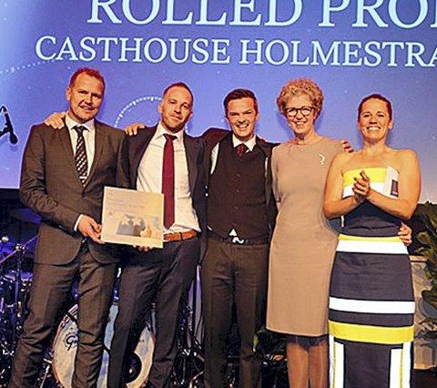 Strålende fornøyde: Fra venstre: Glenn Helgestad, Jon Gaasholt, André Granå, Hilde Merete Aasheim og Anneli Finsrud Nesteng. Foto: Hydro