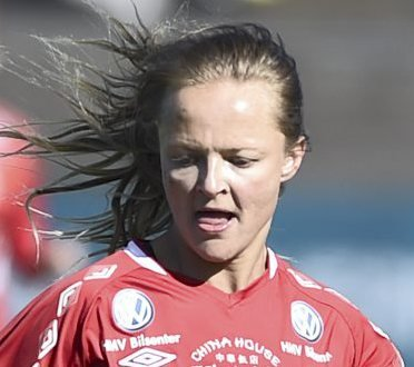 Sanna Dregelid har imponert juryen og trenerne i 2. divisjon, og det selv om Voss sliter i bunnen av tabellen.