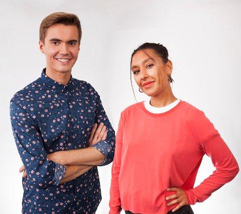 Programlederne i NRK Supernytt, Johannes Slettedal og Selma Ibrahim vet at de skal til Nord-Norge på fredag, men ikke hvor. Mo i Rana kan bli svaret, men da må du inn på Svarometer for å stemme på det.