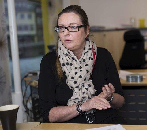 Leder ved Nav Ringerike, Bente Jansen, informerer om at det i spesielle tilfeller kan søkes om hjelpemidler etter fylte 18 år.