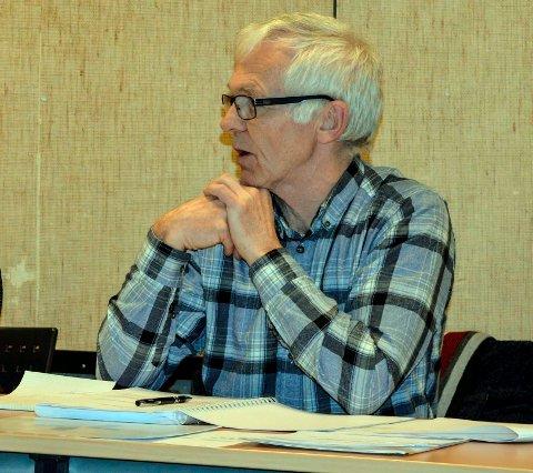 KONTROLLUTVALGET: – I forhold til smertene i denne saken er det altfor lenge å vente til 21. august med en eventuell bestilling av et slikt undersøkelsesoppdrag, mener leder Arne Larsen.