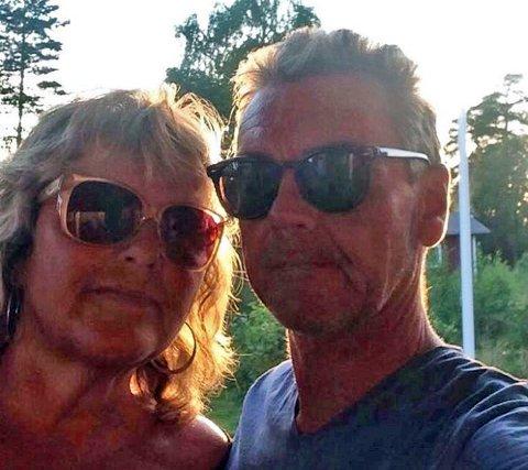 BLIR HJEMME: Det blir ingen Sverige-ferie på Elisabeth Kjeldsberg og Willy Bøe denne sommeren.