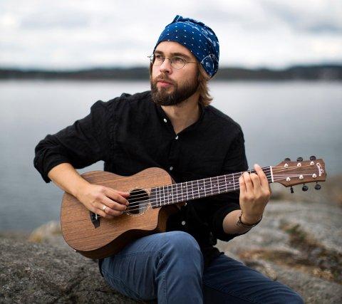 KAUPANG: Kristian Kaupang har fått skryt for seitt ferske album. Nå kan du høre han på kulturnatta.