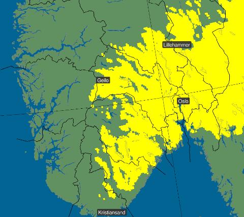 NEDBØR: De gule feltene markerer områder der det per i dag er størst sjanse for mer enn fem centimeter snø på torsdag.