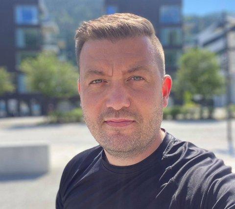TIL HOVUDSTADEN: No satsar Thor-Aage Lillestøl i Oslo og startar opp eit lokalkontor der.