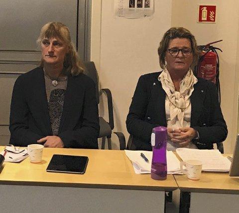 Anne Killingmo (t.h.) og Line Mørch var uenige om hvem som skulle sitte hvor i kommunestyret. I et brev som i kveld blir lagt ut til alle politikerne tar Killingmo opp denne og flere andre episoder. Arkivfoto