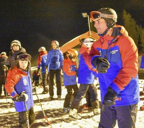 HAR AUTORITET: Med sin lange fartstid i internasjonalt alpinmiljø, har Marius Arnesen pondus i Krødsherad IL.