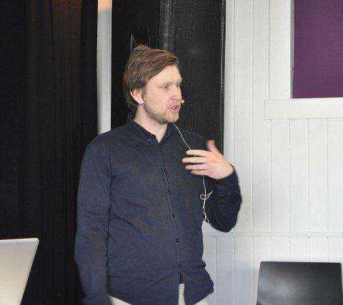 Jørgen Kaasen Engen fikk jobben som kulturkonsulent i Nordkapp kommune,en stilling han har hatt det siste året.          Foto: Stine Serigstad