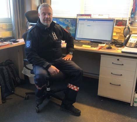 Klar oppfordring: Brannsjef i Rollag, Jørn Halland, kommer med en klar oppfordring til folk: Er du i tvil om det er trygt å tenne bål, la være.