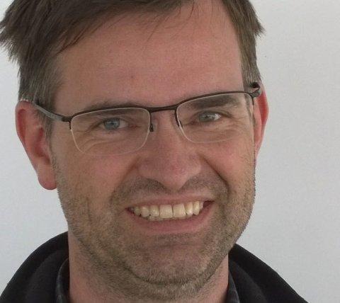 THRILLER: Leder i Troms KrF, Jon Christian Anker, mener regjeringspartiene har provosert ved å stille ultimatum i budsjettforhandlingene.