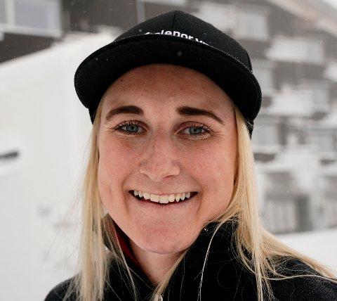 Maren Skjøld håper å rekke det første verdenscuprennet i Levi nest siste helga i november etter at hun skadet seg på trening i Sveits for drøye tre uker siden.