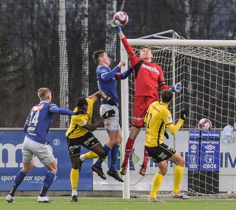 Ole Kristian Lauvli var høyt og lavt mot Ranheim - og reddet ett poeng med sin strafferedning.