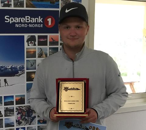 Mathias Nilsen fra Polarsirkelen Golf vant turneringen og en tur til Tyrkia.