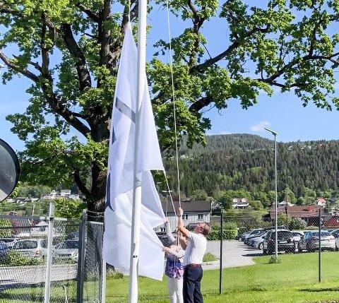 NYTT NAVN: Thor Hegg Eriksen heiser for første gang flagget med det nye navnet.
