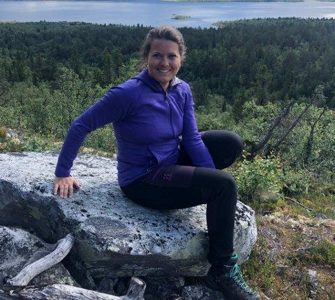 Therese Sletten er ofte på besøk i hjemlige trakter. Her på tur i Rondane.