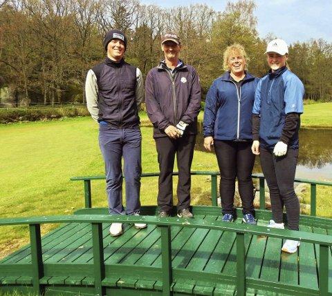 Golffamilien: Familien på broen: Casper, Kenneth, Nina og Amalie. Foto: Roar Heggelund