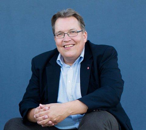 FIKK SVAR: Sverre Myrli (Ap) tok nødpass-saken til Stortinget