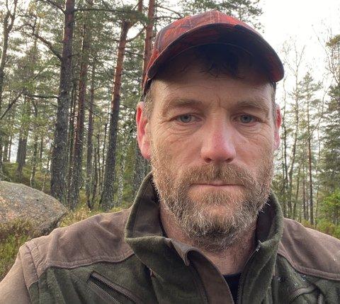 KOSTBART: Bjørn Hagen skulle bare en tur innom tomten mellom Filtvet og Klokkarstua, det skulle vise seg å bli en dyr affære.