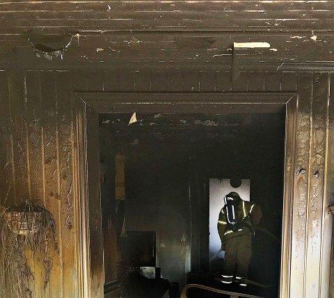 Brannen førte til store skader på boligen.