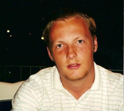 Krister Wiberg flyttet fra Bergen til Lofthus med familien sin i fjor. Det var noe han aldri hadde sett for seg å gjøre.