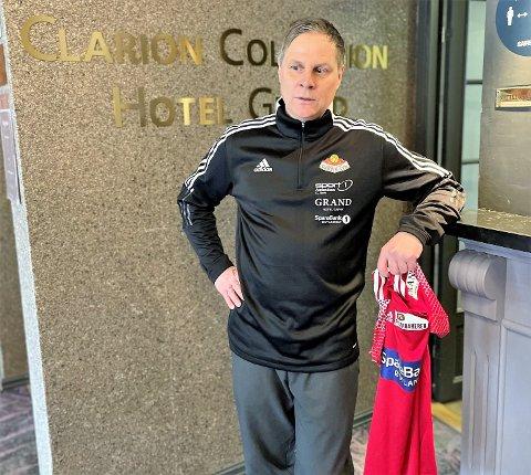 BEKLAGER: Styreleder Geir Langedrag er sterkt uenig i utspillet fra klubbens sportslige leder om å boikotte regjeringens smittevernanbefalinger.