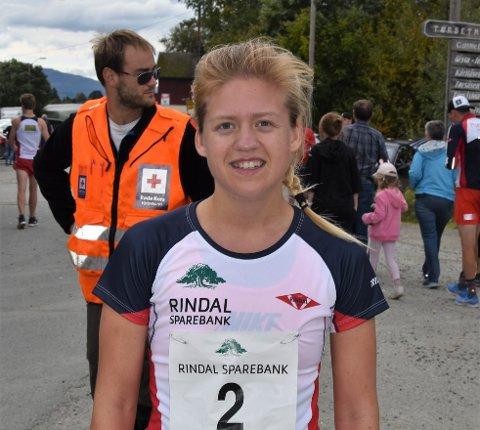 Marthe Rødsgaard, surnadaling som løper for Rindal, vant kvinneklassen på tiden 50.17 minutter.