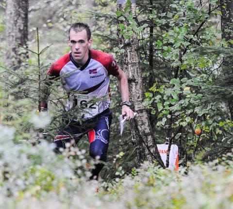 Magne Dæhli slet med magen, men løp likevel inn til en sterk 6. plass på VMs langdistanse.