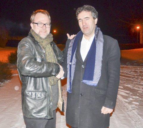 MANAGEREN OG ARTISTEN: Jørgen Kirsebom (t.v.) har nettopp blitt manager for Petter Simonsen og Light Without Shadow. Foto: Roger Ødegård