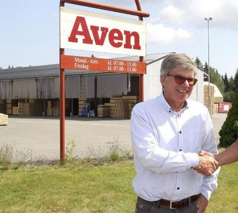 VAR LURT: Det viste seg å være lurt med investering i kryptovaluta for Jan Kristiansen. Dette bildet er tatt i forbindelse med hans avskjed som leder i Aven i 2017. Siden har han tjent godt på kryptovaluta.